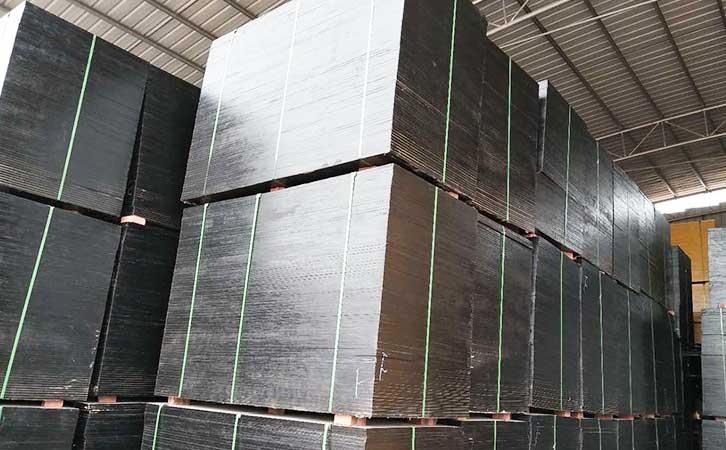 苯酚面千亿体育平台覆膜建筑模板