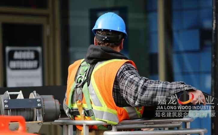 高层建筑模板施工